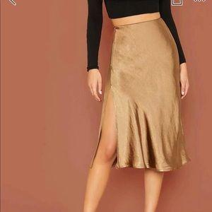 Midi gold skirt